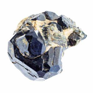 pierre spinelle caractéristiques